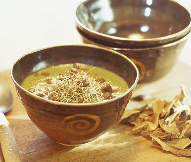 Mushroom- and peas soup