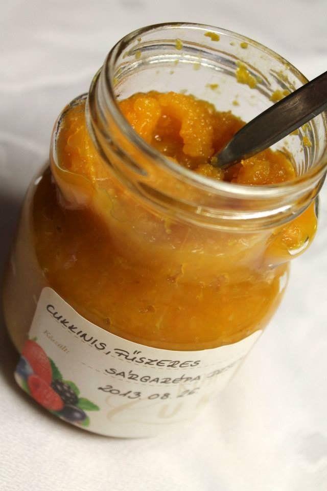 Cukkinis, fűszeres sárgarépadzsem