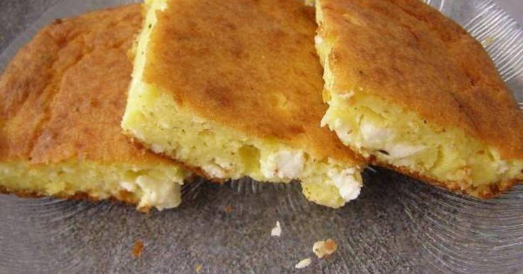 Εξαιρετική συνταγή για Τεμπέλικη Τυρόπιτα (χωρίς φύλλο). Μια πολύ γρήγορη και εύκολη τυρόπιτα που την λετρεύουν όλοι! Τέλεια λύση όταν βαριέσαι ή βιάζεσαι να μαγειρέψεις! Recipe by Ναυσικά