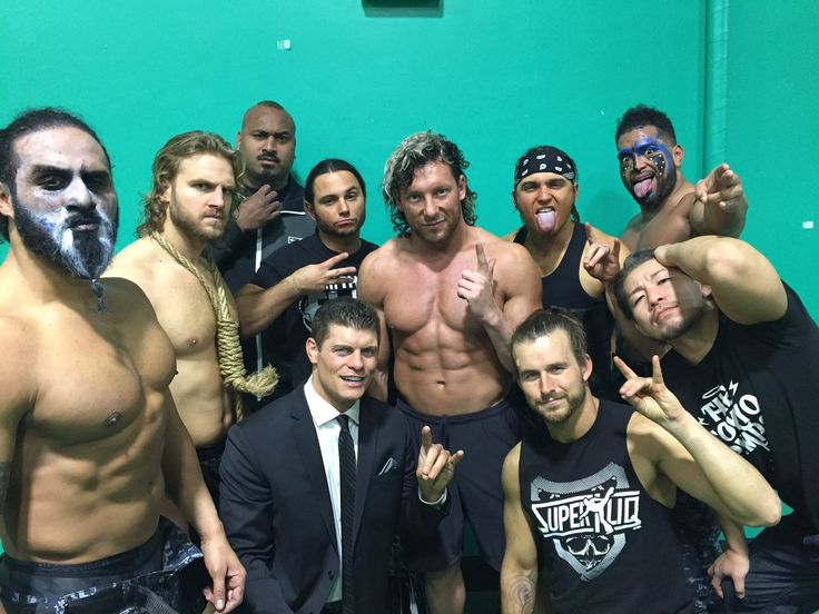 With the next IWGP Heavyweight Champion. It's all yours @KennyOmegamanX #BulletClub