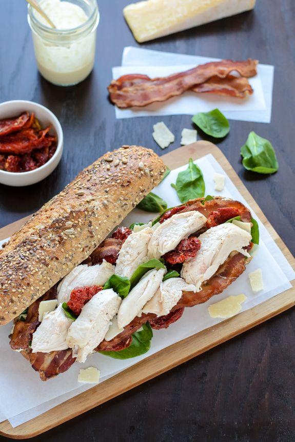 Chicken Caesar Sandwiches- jako kuře císařem salátem a sendvič v jednom!  Snadné a zdravý recept