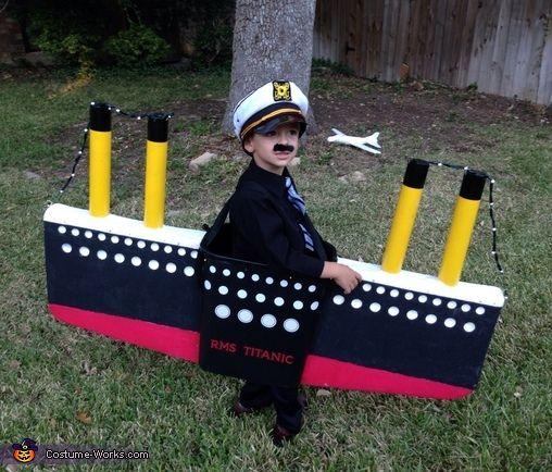 Titanic - Halloween Costume Contest via @costume_works