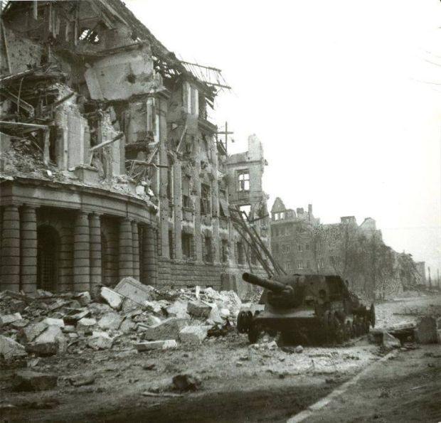 Wraki czołgów na terenach polskich w czasie i po zakończeniu drugiej wojny II - Joe Monster