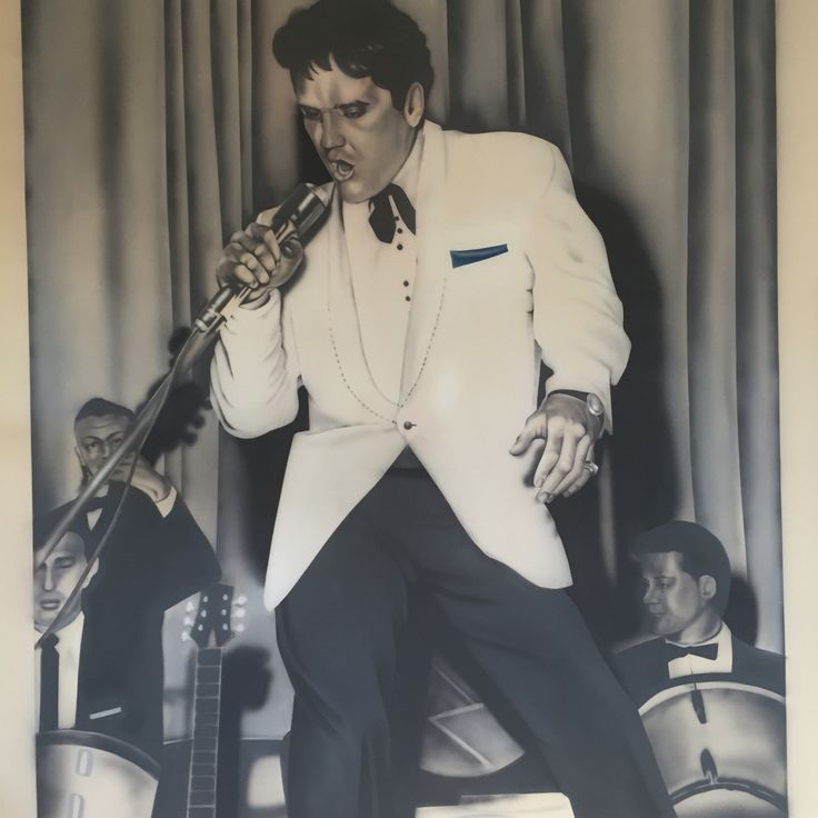 The King. Airbrushed wall mural 7 x 9'