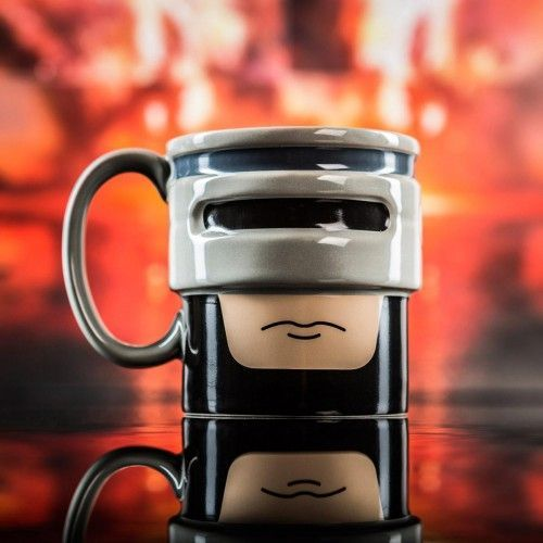 Kaffee mit unser aller Lieblings-Cyborg. Witziges Gadget für Robocop Fans. Die RoboCop Tasse für Nerds und Cyborgs.