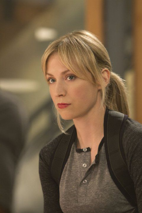Still of Beth Riesgraf in Leverage (2008)