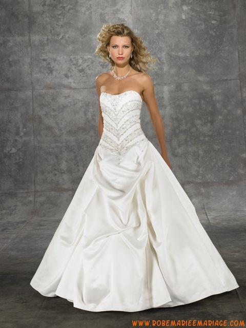 Robe A-ligne bustier en satin ornée de plis et de broderies robe de mariée empire
