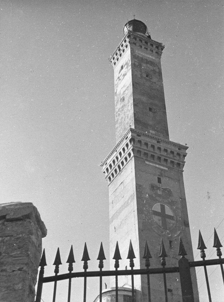 Il simbolo di Genova, la Lanterna (anni '30)