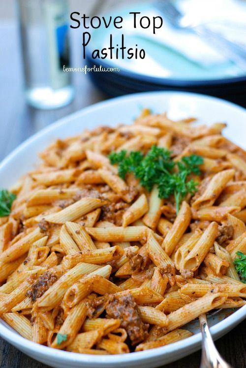 A simple and easy version of the traditional Greek pasta dish.  Greek yogurt keeps in light! www.lemonsforlulu.com