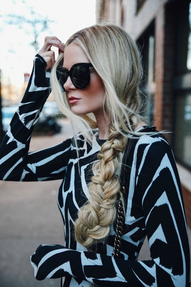 Sharon blain education hair up pinterest - Holiday Tulle Barefoot Blonde By Amber Fillerup Clark
