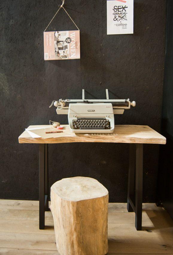 Sidetable / Desk