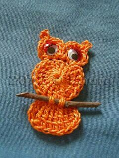 Diy crochet owl on a twig