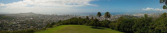 Amazing View of Honolulu From Puu Ualakaa State Wayside Park