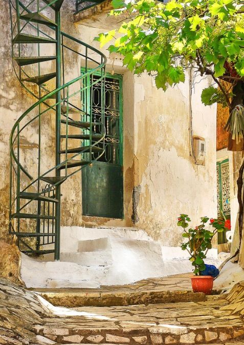 The entance of an old house in #Corfu