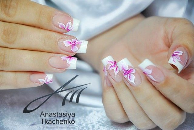 anastasiya hochzeit french style n gel mit blumen nageldesign bilder by world nails nailart. Black Bedroom Furniture Sets. Home Design Ideas