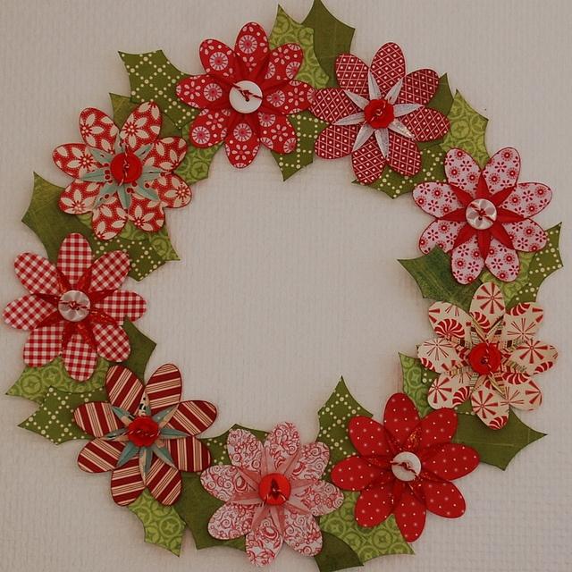 Christmas flower paper wreath by Dittepigen, via Flickr