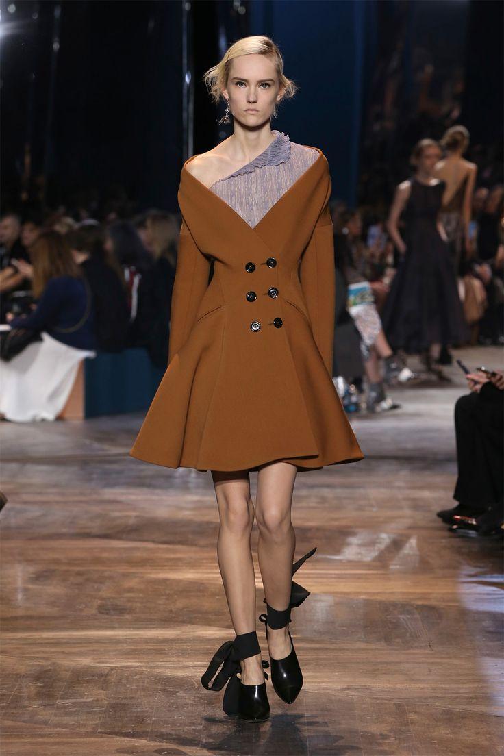 В коллекции Haute Couture весна-лето 2016, предста