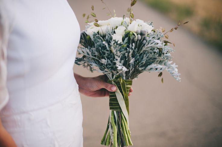 Ramo de novia campestre. Rustic Bride bouquet. Boda en el Parador de Chinchon. Boda en Ciudad Real. Boda en el Parador de Almagro