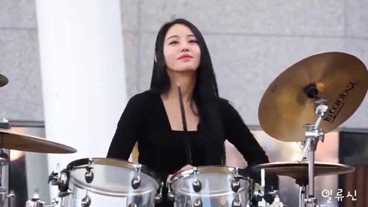 Korea beautiful girl drumming