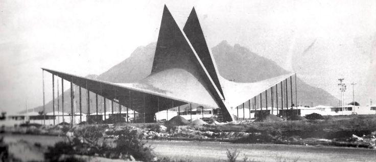 San José Obrero Parish, in Monterrey MX, by Félix Candela and Enrique de la Mora (1957-1958)