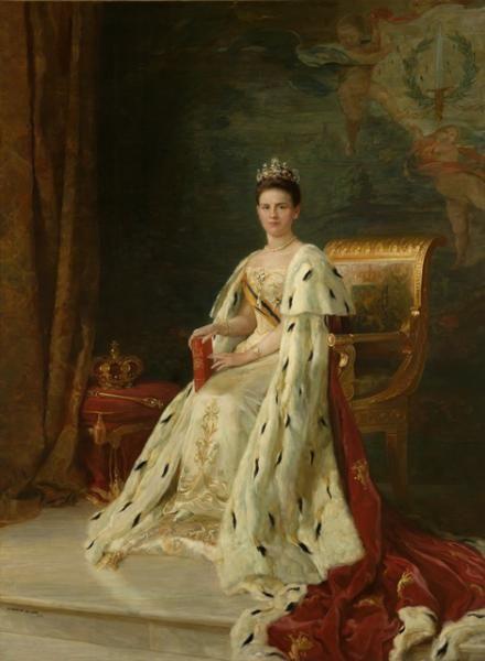 Afternoon dress of Wilhelmina, Queen of the Netherlands, 1905-10