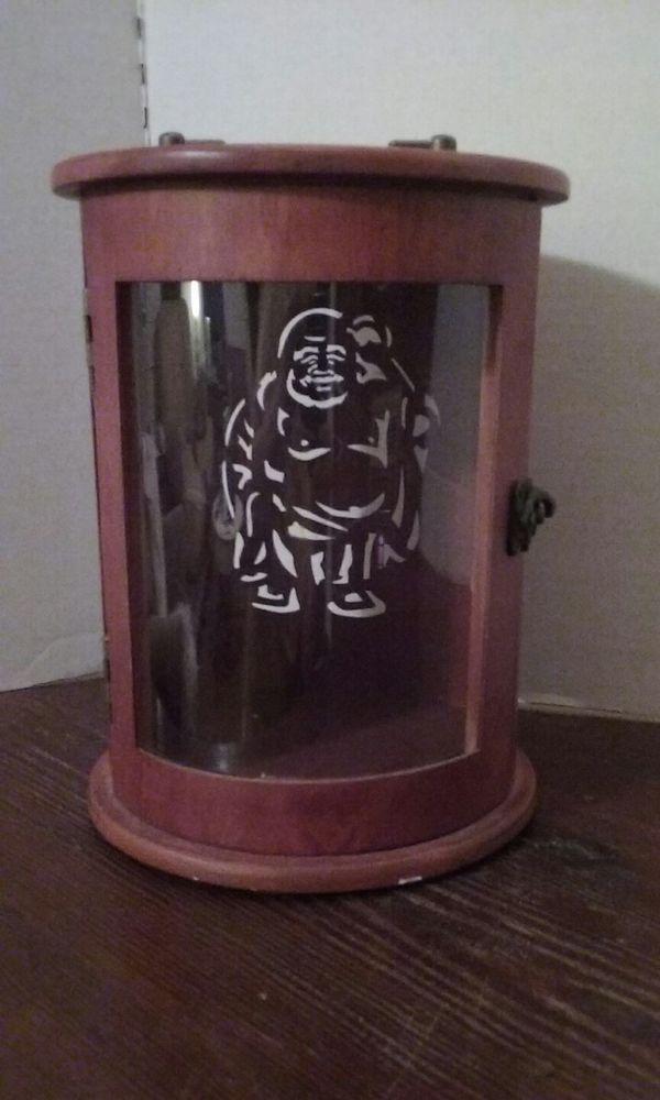 Pyrat Rums Wooden Box Display