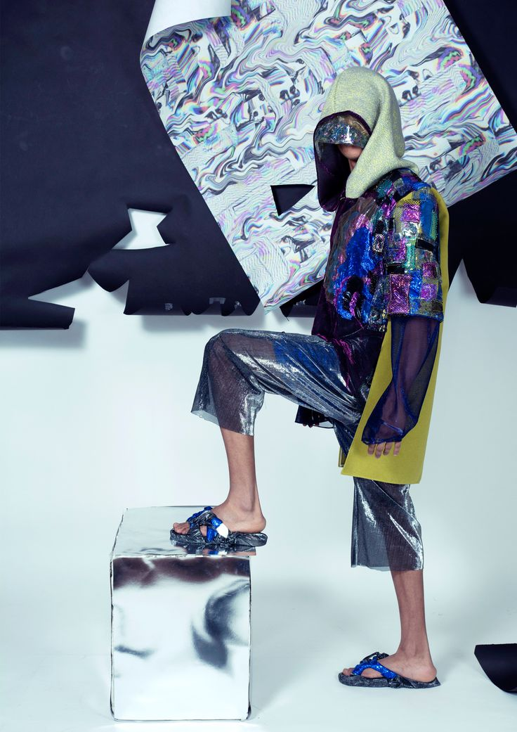 Design & concept: Cristina Gheorghe Model: Eduard Jonathan Owamagbe Coordinator Professor: Ioana Sanda Avram Photo credits: Razvan Ionescu și Cristian Vasilescu