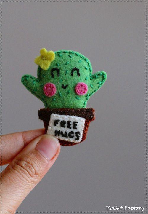 Felt Free Hugs! cactus by PoCat Factory. Facebook:https://www.facebook.com/PoCatFactory Etsy:https://www.etsy.com/shop/PoCatFactory Meska: http://www.meska.hu/Shop/index/13616