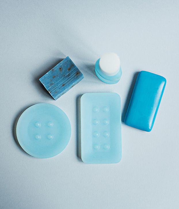 SPENCER Soap Dish | Nina Mair | Architecture | Design | Austria | Precise Edges and Curves | Graceful Stylistic  Elements | Moulded from Silicone | Delicate Colours |  Washable | Non-Slip | Break-Resistant | Colour Palette: Frost Nude  Magnolia Sky Mint | Round Dimensions: D=11 cm H=1,4 cm Squared Dimensions: WxLxH=8x14x1,4 cm |