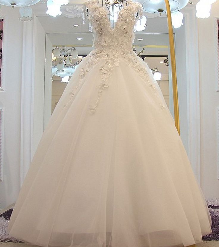 Find More Wedding Dresses Information about WB394 Luxurious Wedding Dresses Trouwjurken Country Western V Neck Floral Appliques Beading Lace Tulle Ball Gown Wedding Dress,High Quality dresses shawls,China dress modern Suppliers, Cheap dresse from Beautydress on Aliexpress.com