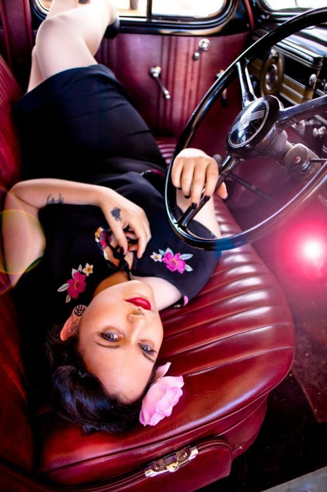 Pin up girl. Plus Size, curves, voluptuous, beauty boost, fashion, style, outfit, inspiration. #plussize #beautyboost #car
