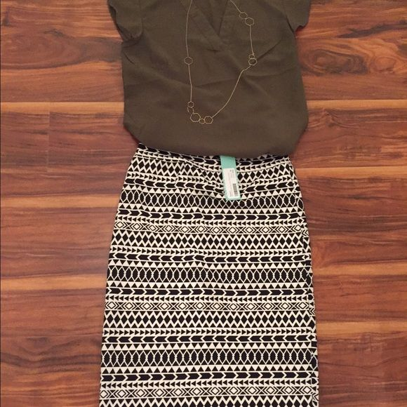 Renee C Pencil Skirt - Black & White Geo Print Renee C black and white geo print. Pencil skirt. Never worn.  95% rayon and 5% spandex. Stretchy material.  New with Stitch Fix tag. Super cute. Renee C Skirts Pencil