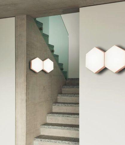 LED #απλίκα επίτοιχη από μέταλλο και ακρυλικό. Με ενσωματωμένες #LED πλακέτες με θερμό λευκό φωτισμό. Βρείτε την σε χρυσό ή ασημί χρώμα. http://kourtakis-lighting.gr/aplikes-toixou/3511-led-monterna-aplika-10watt-metallo-gold-akryliko-nova-luce-pettine-mb130030322a.html