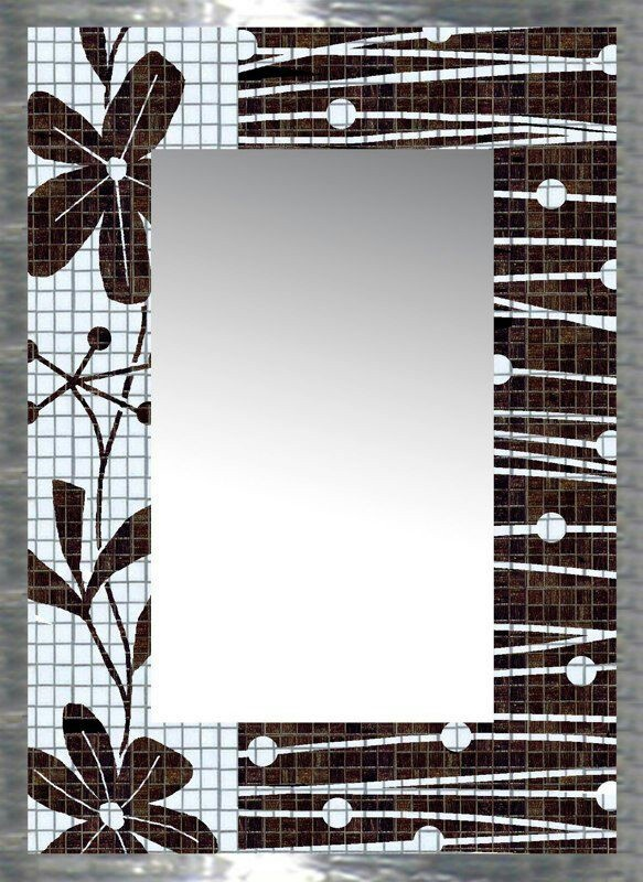 Espejo.. Black and white mosaic mirror frame..Nice contrast ( narrower stripes ? )