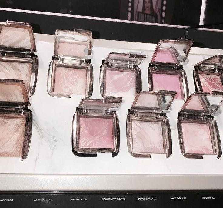 makeup!🙌🏼 #hourglass #makeup #highlighter #blush