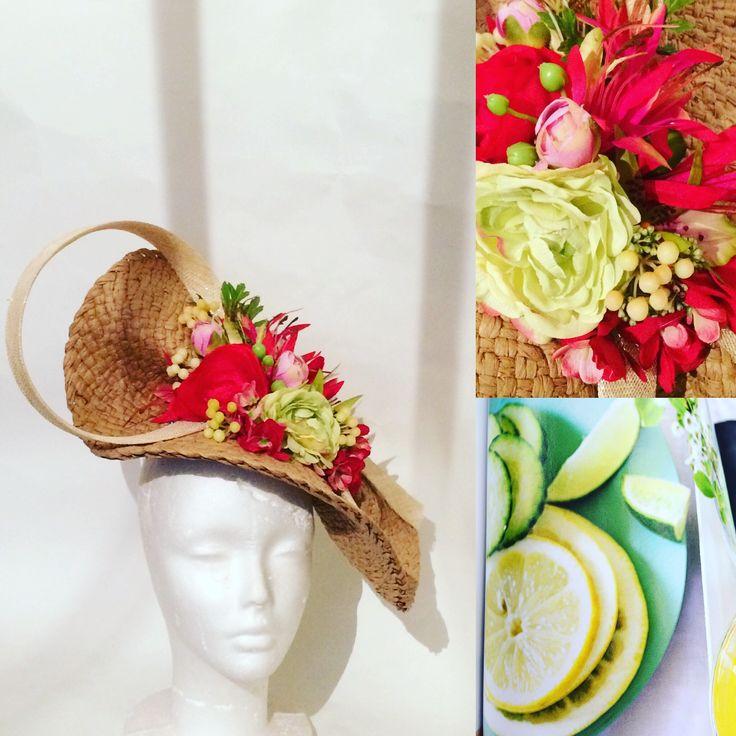 Création chapeau de mariage Un chapeau a auteuil tel 0609742383