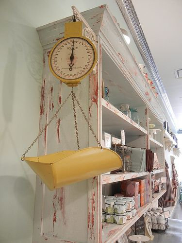 A vintage scale. We could sell our own candy!! Vintage kitchen inspiration: Magnolia Bakery