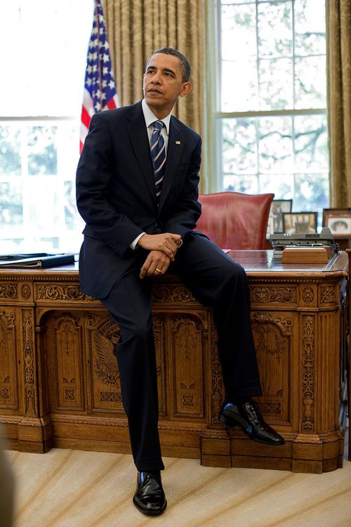Random White House Facts: The History of the Resolute Desk in the White House |