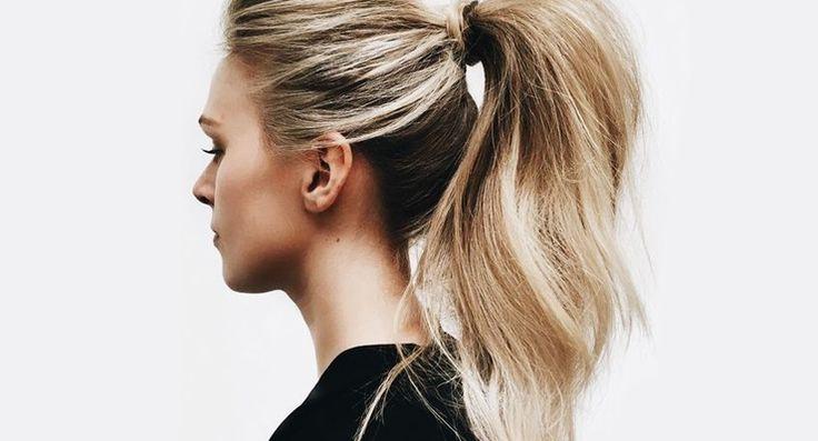 Hou jij ervan om je haar in een paardenstaart te dragen maar vind je 'm soms iets te kort lijken? Op deze easy manier kun jij je staart langer laten lijken!