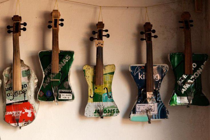 Çöpten Müzik Aleti Yapıp, Orkestra Kurdular!