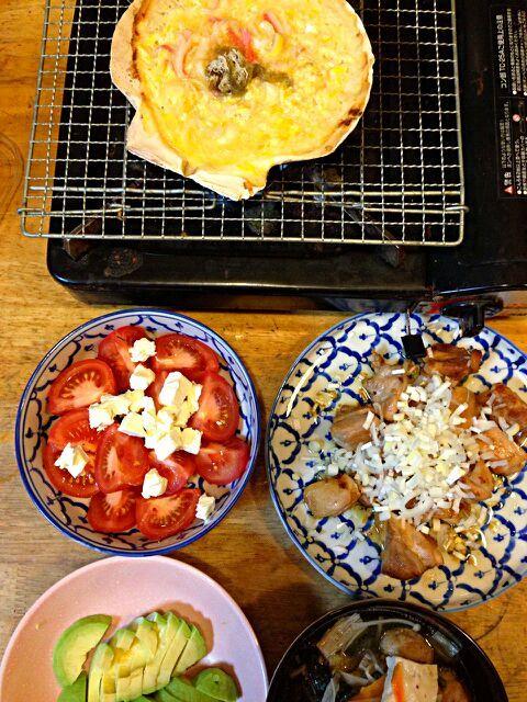 トマトとクリチのサラダ アボガド 鳥もも肉の照り焼き かも鍋 - 57件のもぐもぐ - 貝焼き味噌 by mahitisa
