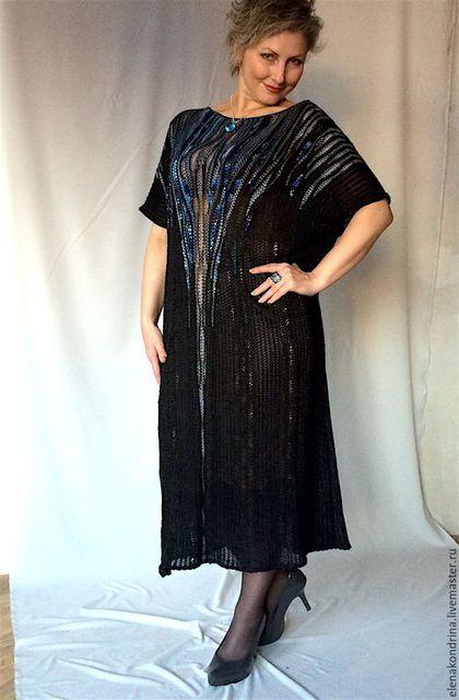 Купить или заказать Платье оверсайз Черно-синее Арт-деко в интернет-магазине на Ярмарке Мастеров. Роскошное безразмерное, связанное из шелковых пряж, платье в стиле Арт-деко станет серьезной покупкой, гарантией Вашей уверенности. Вопрос 'что одеть на банкет?...юбилей?....в театр?...больше не будет ставить Вас в тупик - КОНЕЧНО!- Черно-синее Арт-деко. Все готово к выходу в свет, всегда уместно!