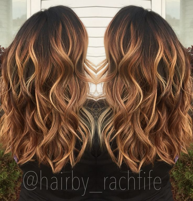 Warm caramel copper balayage stretched root. Fall haircolor   Hair by Rachel Fife @ Sara Fraraccio Salon in Akron, Ohio
