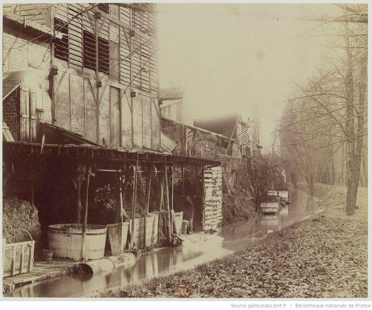 La Bièvre - Bd d'Italie - Disparue en 1891, aujourd'hui rue Edmond Gondinet - 13e arr. : [photographie] / [Atget]
