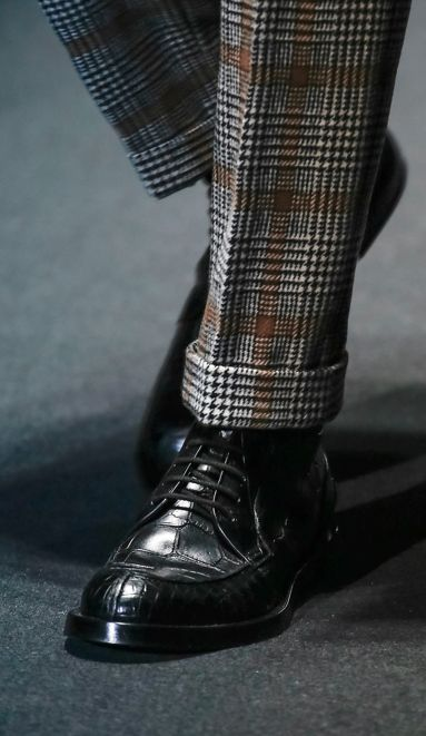 Gucci Fall 2013. Obsessed with that plaid, the cuffed trouser, and the shoes!!