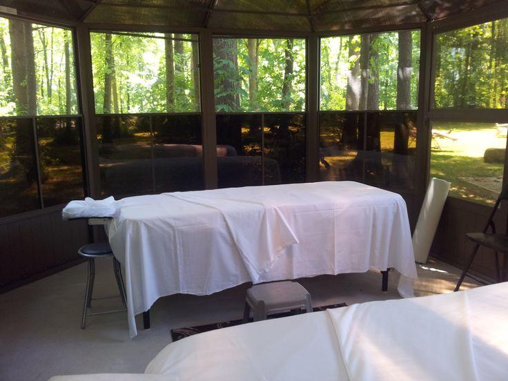 Massage suédois, californien, réflexologie ......... / Swedish massage, Californian, reflexology .........