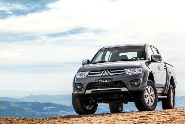 Mitsubishi lança L200 Triton HLS Chrome Edition