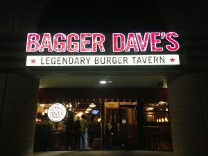 Ann Arbor, MI    Bagger Dave's: Flights of Beer + Circling Trains!