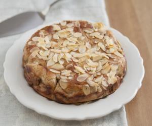 Mandlový proteinový koláč