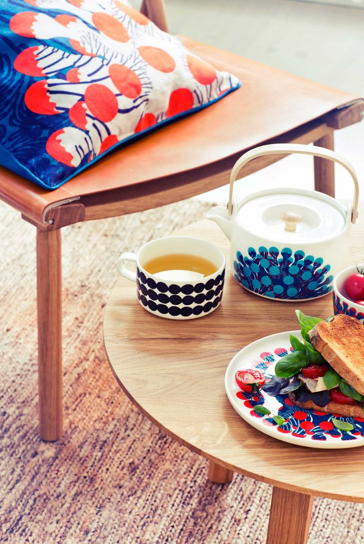 Check out Finnish brand Marimekko for spring/summer 2015. www.vesleuniverse.com.